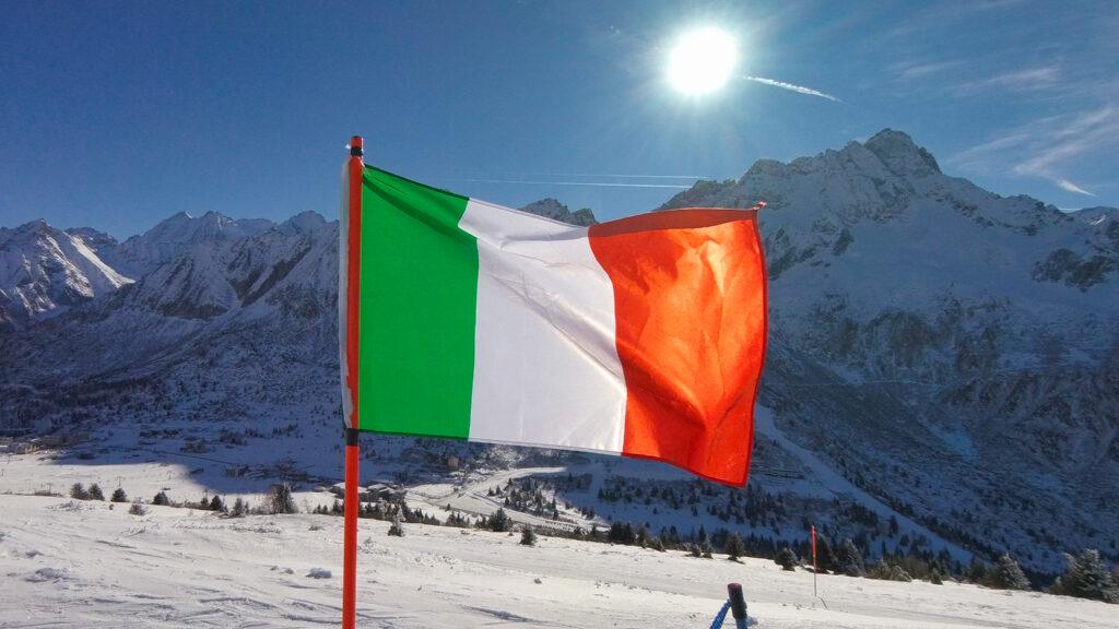ELSKERSKI - Passo Tonale - Italiensk flag på toppen